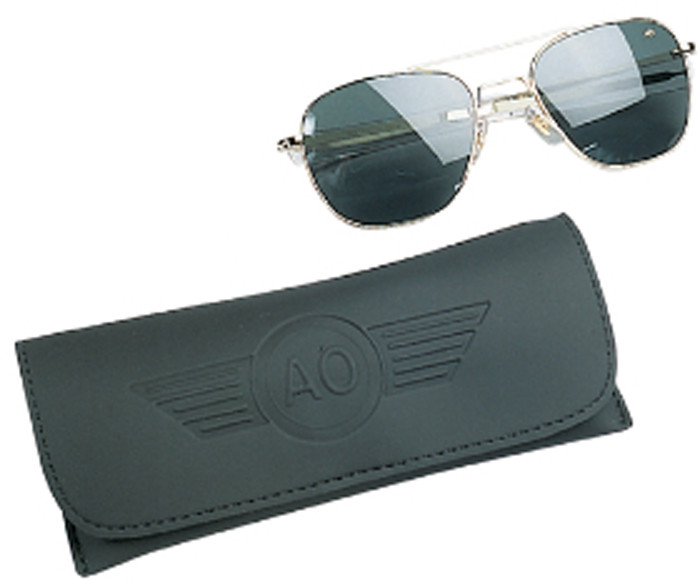 American Optics Polarized Gold Genuine GI 55mm Air Force Pilots ... 6a766d11e32